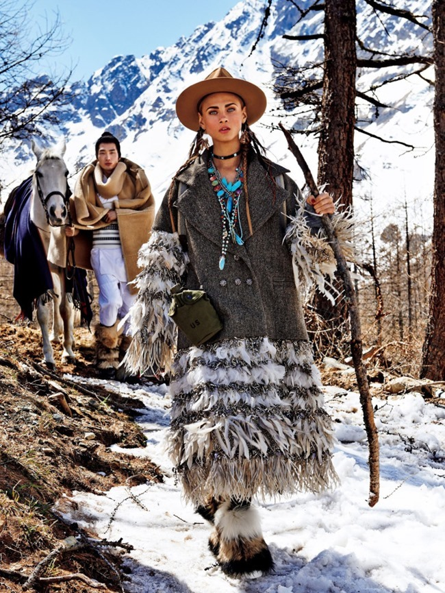 VOGUE JAPAN Sacred Tribes of Mont Cervin by Giampaolo Sgura. Anna Dello Russo, Miguel Arnau, November 2015, www.imageamplified.com, Image Amplified (4)