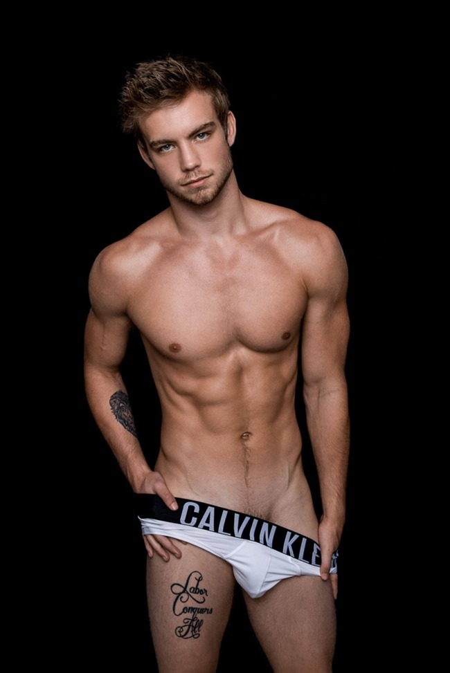 MASCULINE DOSAGE Dustin Mcneer by Fritz Yap. Fall 2015, www.imageamplified.com, Image Amplified (7)