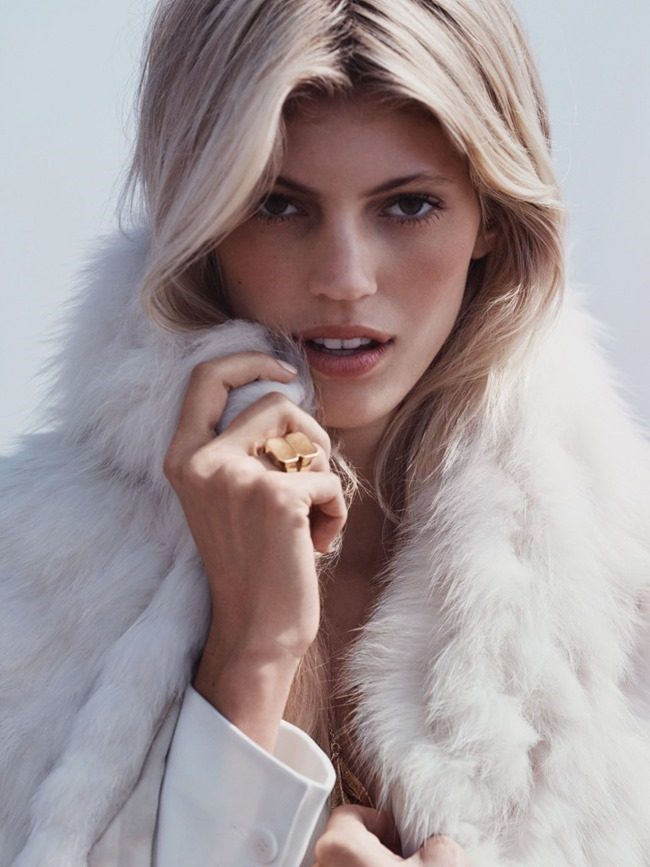 VOGUE MEXICO Devon Windsor by Dean Isidro. Sarah Gore-Reeves, November 2015, www.imageamplified.com, Image Amplified (2)