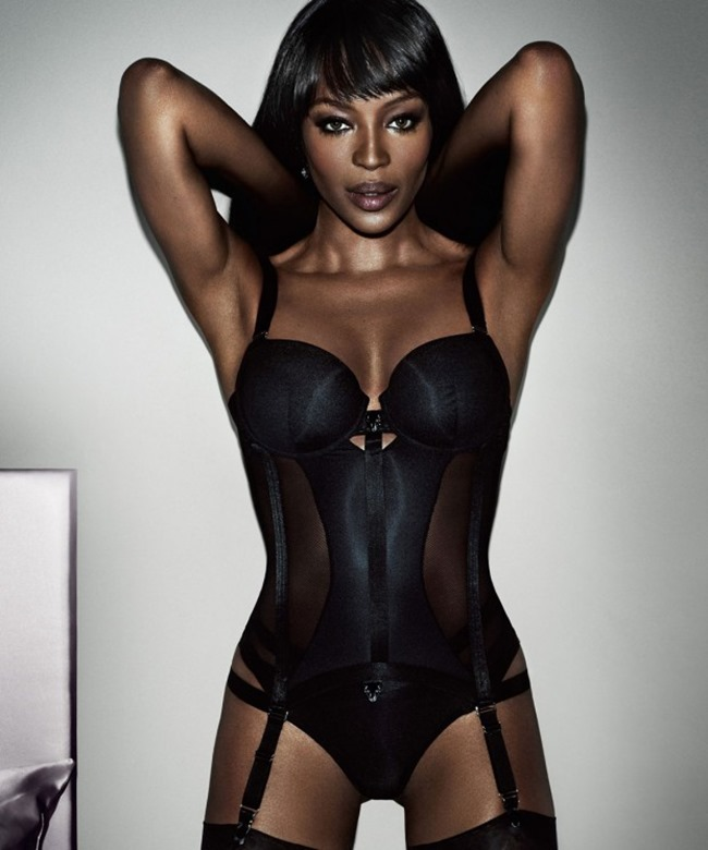 CAMPAIGN Naomi Campbell for I AM NAOMI CAMPBELL 2016 by Mario Testino. www.imageamplified.com, Image Amplified (3)