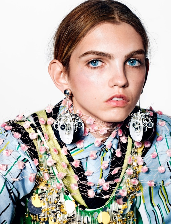 10 MAGAZINE Molly Bair by Richard Burbridge. Sophia Neophitou, Spring 2016, www.imageamplified.com, Image Amplified (4)