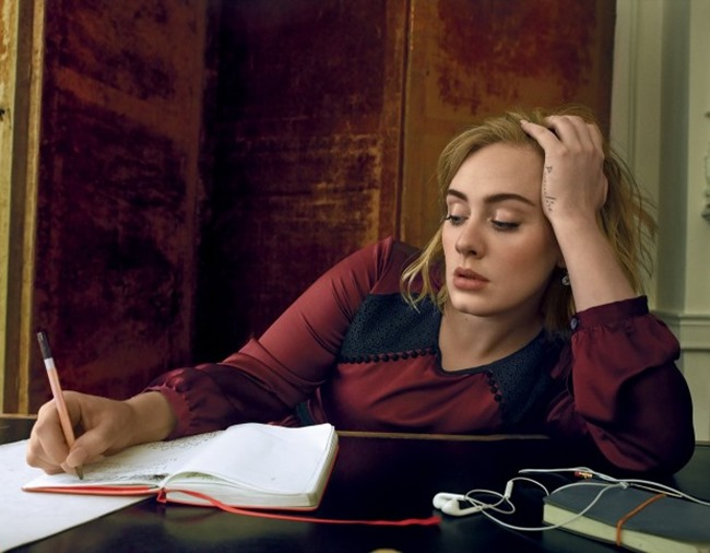 VOGUE MAGAZINE Adele by Annie Leibovitz. Tonne Goodman, Spring 2016, www.imageamplified.com, image Amplified (6)