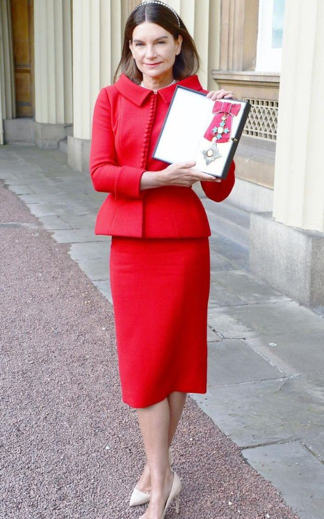 IA UPDATE Natalie Massenet named a Dame at Buckingham Palace. www.imageamplified.com, Image Amplified (1)