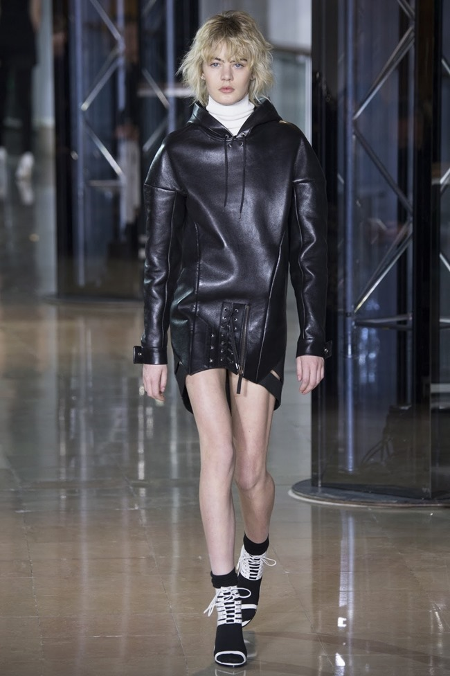 PARIS FASHIONW WEEK Anthony Vaccarello Fall 2016. www.imageamplified.com, Image Amplified (5)