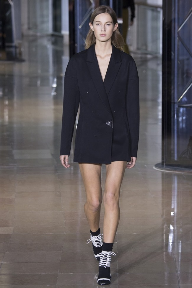 PARIS FASHIONW WEEK Anthony Vaccarello Fall 2016. www.imageamplified.com, Image Amplified (17)