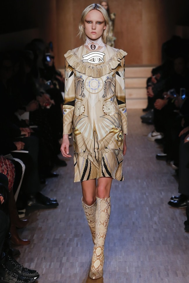 PARIS FASHION WEEK Givenchy Fall 2016. www.imageamplified.com, Image Amplified (8)
