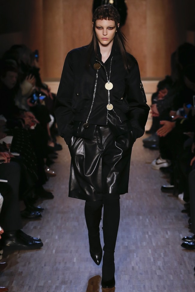 PARIS FASHION WEEK Givenchy Fall 2016. www.imageamplified.com, Image Amplified (15)