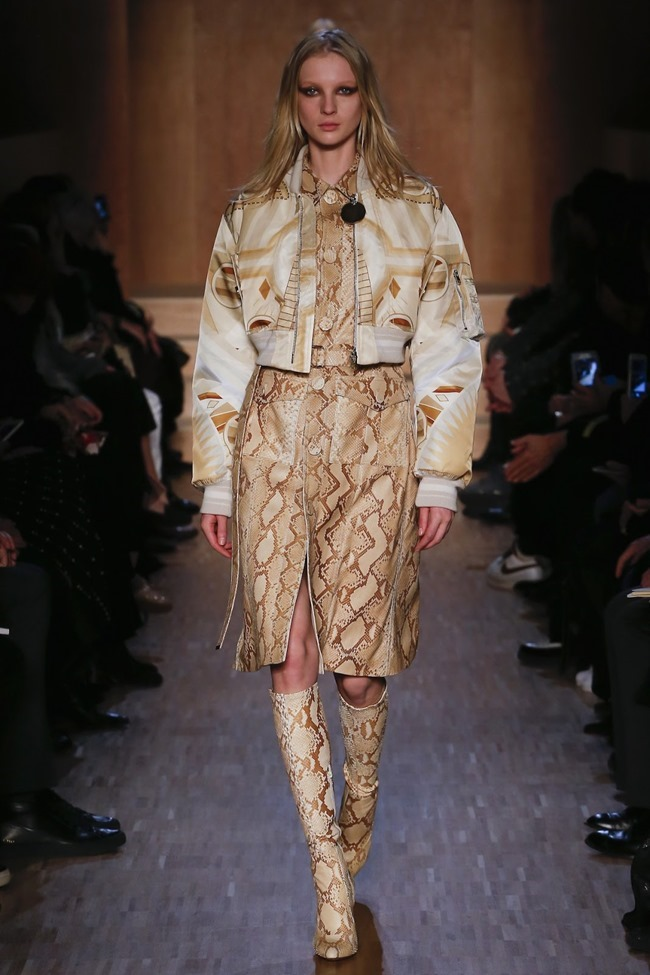 PARIS FASHION WEEK Givenchy Fall 2016. www.imageamplified.com, Image Amplified (19)