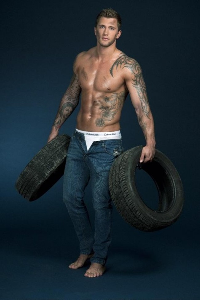MASCULINE DOSAGE Dan Osborne in Calvin Klein for The Sun, Fall 2014, www.imageamplified.com, Image Amplified (6)