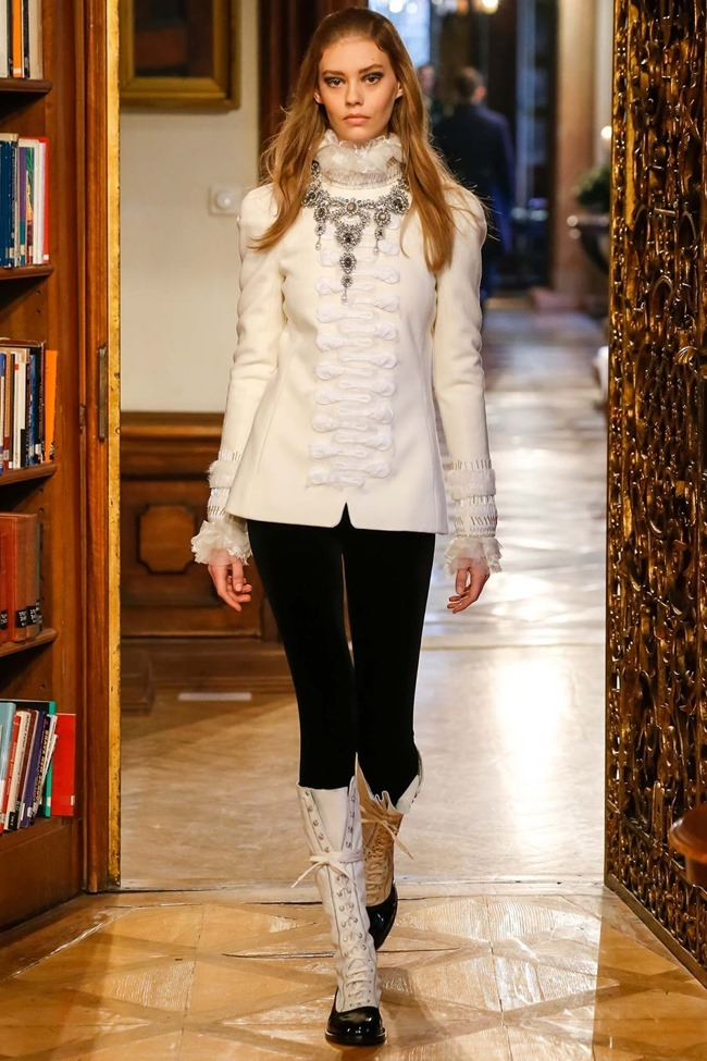 COLLECTION Chanel Pre-Fall 2015. www.imageamplified.com, Image Amplified (3)