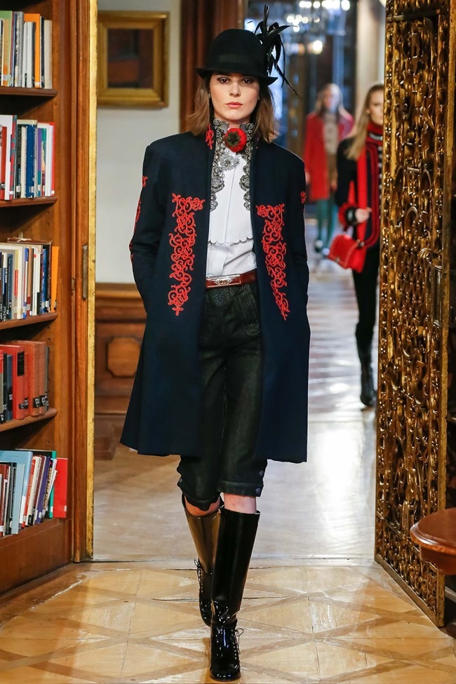 COLLECTION Chanel Pre-Fall 2015. www.imageamplified.com, Image Amplified (9)