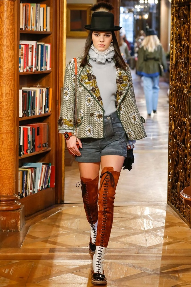 COLLECTION Chanel Pre-Fall 2015. www.imageamplified.com, Image Amplified (40)