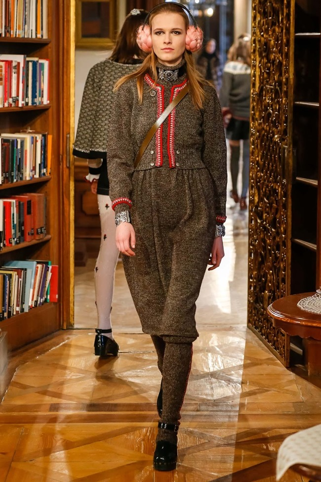 COLLECTION Chanel Pre-Fall 2015. www.imageamplified.com, Image Amplified (55)