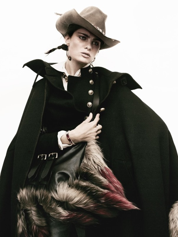 STYLE REWIND L'hiver Avant L'hiver for Vogue Paris, August 2010 by David Sims. Carine Roitfeld, www.imageamplified.com, Image Amplified (20)