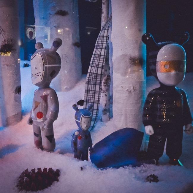 CHRISTMAS IN LONDON Harrods Windows by Troy Wise. Winter 2014, www.imageamplified.com, Image Amplified (9)