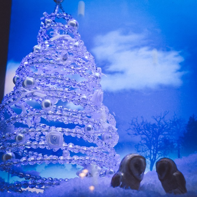 CHRISTMAS IN LONDON Harrods Windows by Troy Wise. Winter 2014, www.imageamplified.com, Image Amplified (16)