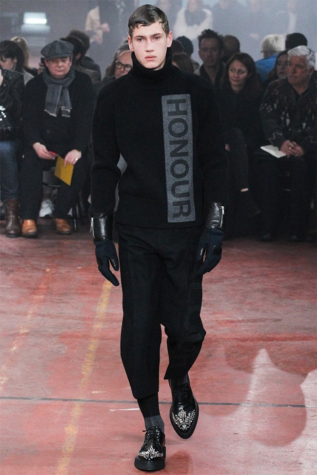 LONDON COLLECTIONS MEN Alexander McQueen Fall 2015. www.imageamplified.com, Image Amplified (6)