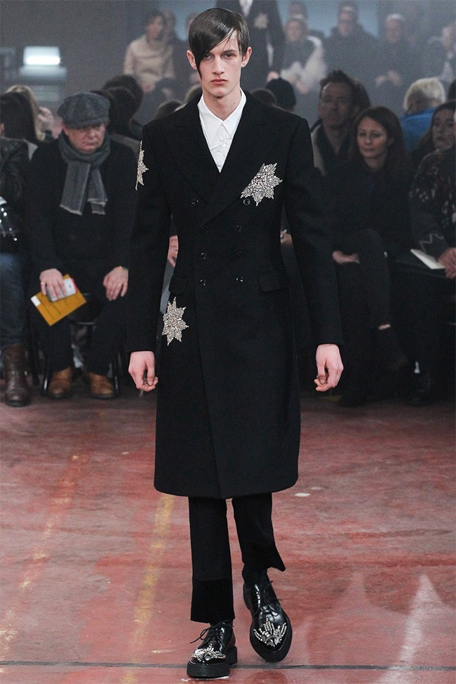 LONDON COLLECTIONS MEN Alexander McQueen Fall 2015. www.imageamplified.com, Image Amplified (31)
