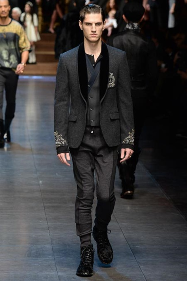 MILAN FASHION WEEK Dolce & Gabbana Fall 2015. www.imageamplified.com, Image Amplified (45)