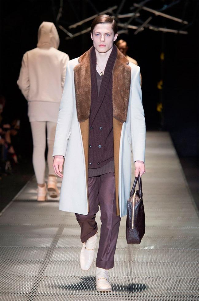 MILAN FASHION WEEK Versace Fall 2015. www.imageamplified.com, Image Amplified (21)
