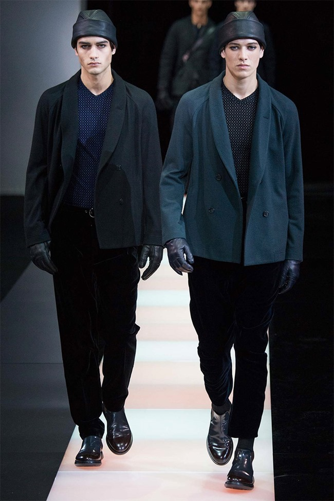 MILAN FASHION WEEK Giorgio Armani Fall 2015. www.imageamplified.com, Image Amplified (29)