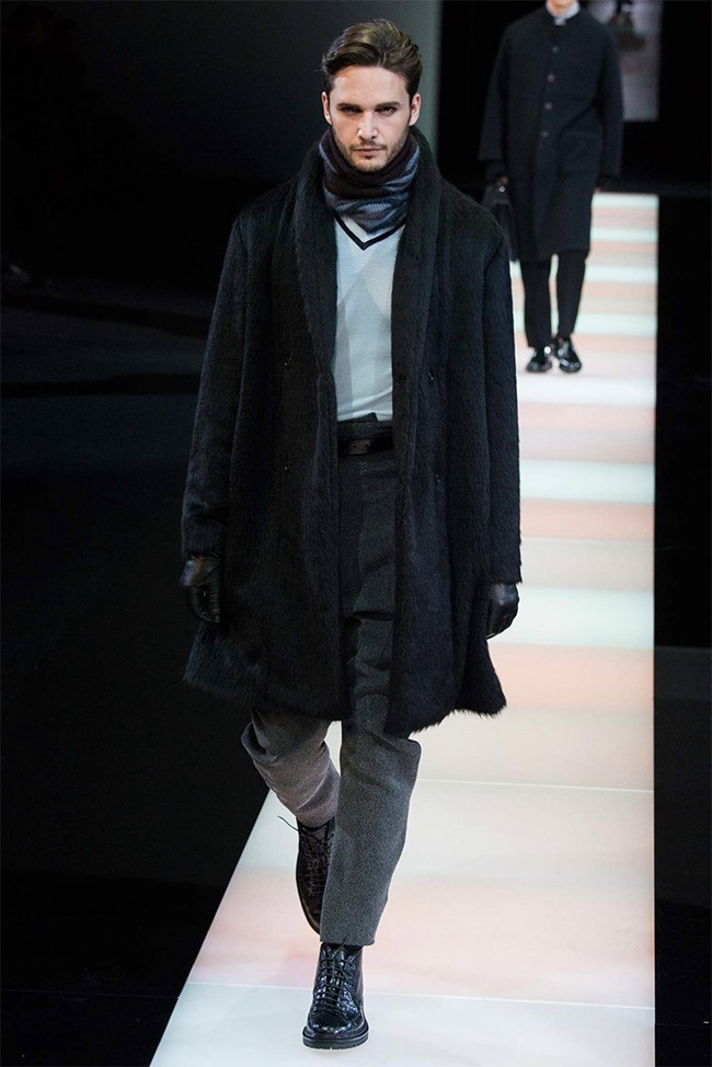 MILAN FASHION WEEK Giorgio Armani Fall 2015. www.imageamplified.com, Image Amplified (40)