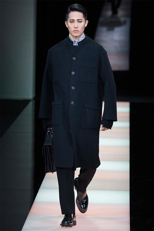 MILAN FASHION WEEK Giorgio Armani Fall 2015. www.imageamplified.com, Image Amplified (41)
