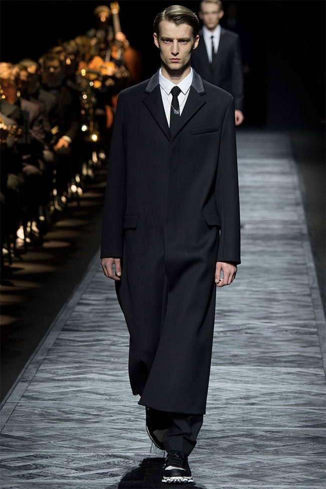 PARIS FASHION WEEK Dior Homme Fall 2015. www.imageamplified.com, Image Amplified (10)