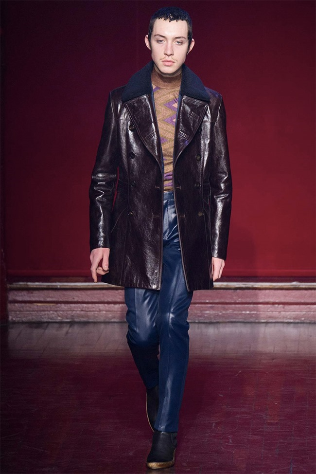 PARIS FASHION WEEK Maison Martin Margiela Fall 2015. www.imageamplified.com, Image amplified (4)