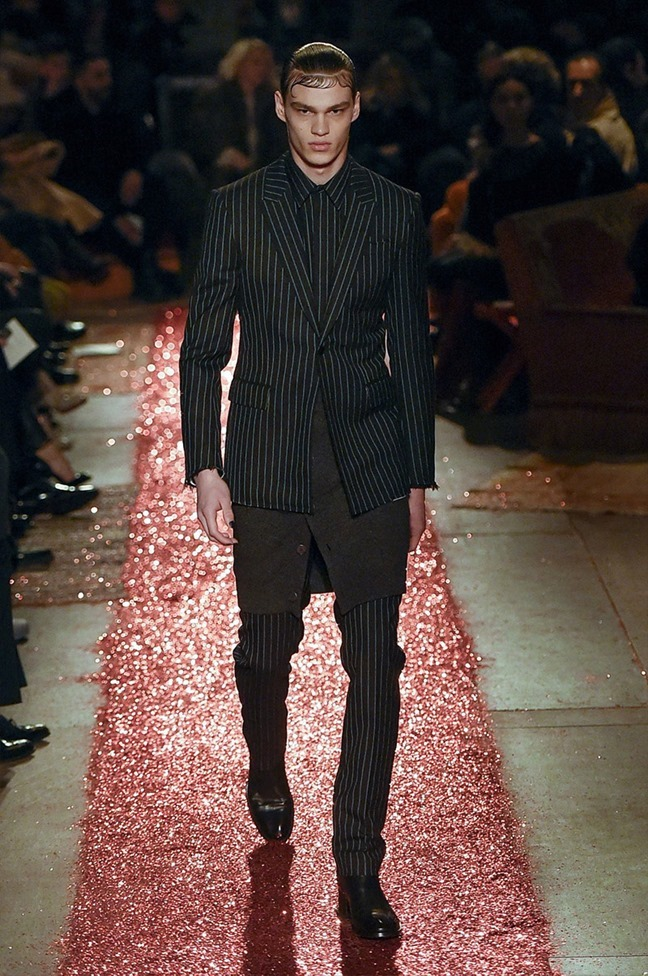 PARIS FASHION WEEK Givenchy Fall 2015. www.imageamplified.com, Image amplified (1)