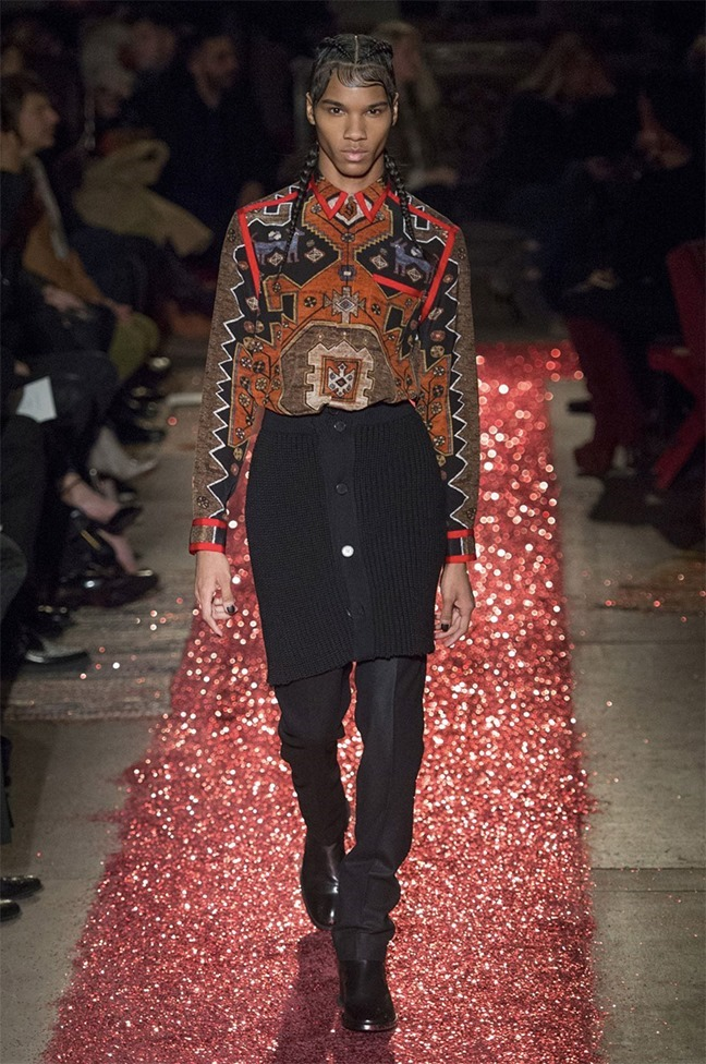 PARIS FASHION WEEK Givenchy Fall 2015. www.imageamplified.com, Image amplified (21)