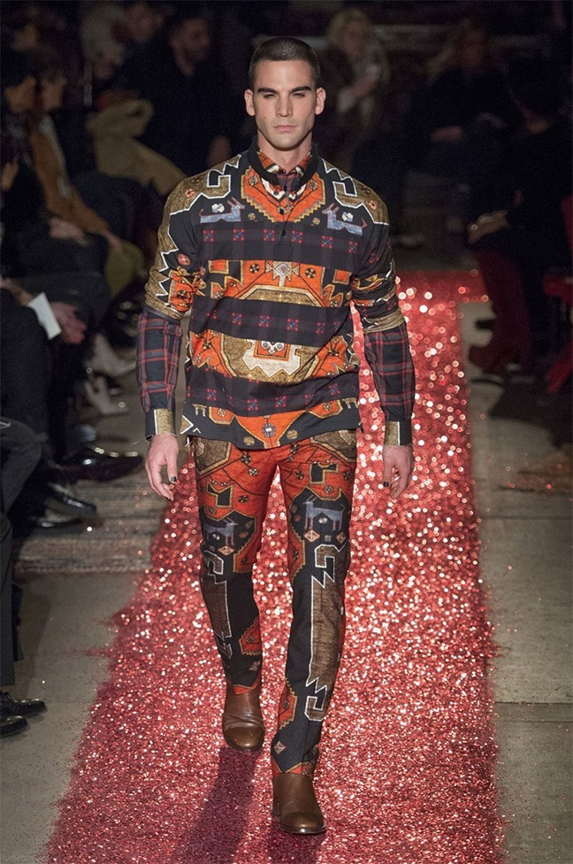 PARIS FASHION WEEK Givenchy Fall 2015. www.imageamplified.com, Image amplified (35)
