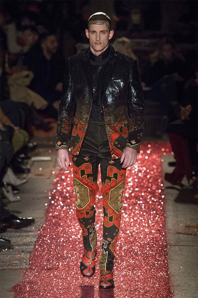PARIS FASHION WEEK Givenchy Fall 2015. www.imageamplified.com, Image amplified (44)