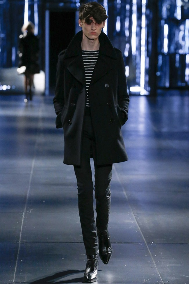 PARIS FASHION WEEK Saint Laurent Fall 2015. www.imageamplified.com, Image Amplified (1)