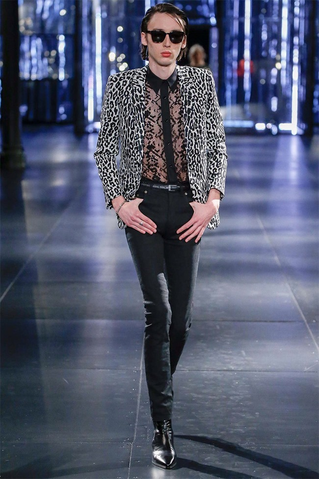 PARIS FASHION WEEK Saint Laurent Fall 2015. www.imageamplified.com, Image Amplified (37)
