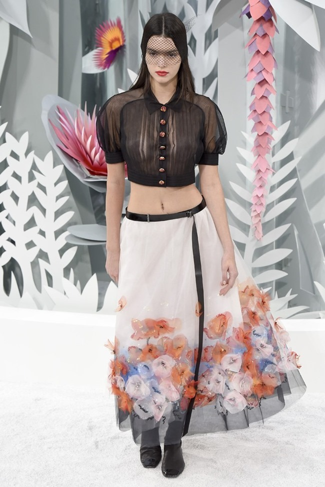 PARIS HAUTE COUTURE Chanel Couture Spring 2015. www.imageamplified.com, Image Amplified (44)