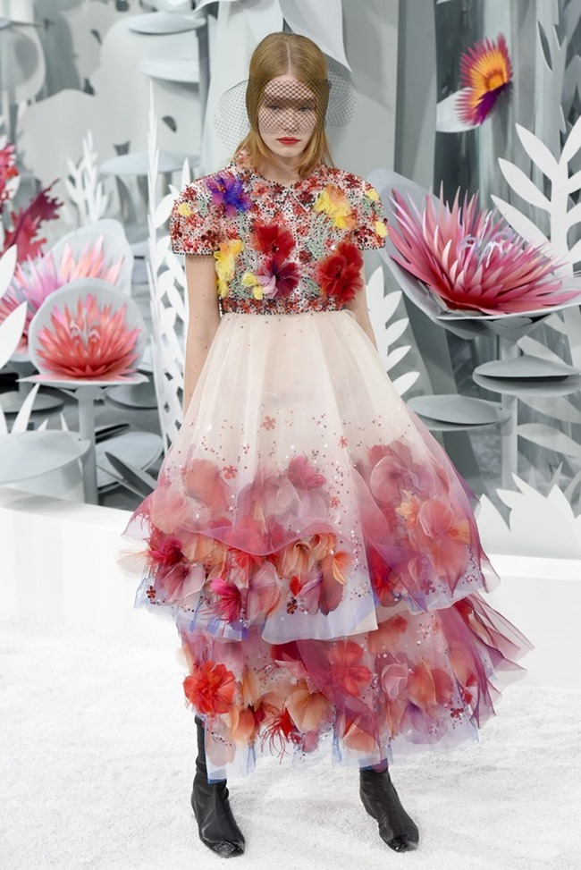 PARIS HAUTE COUTURE Chanel Couture Spring 2015. www.imageamplified.com, Image Amplified (45)