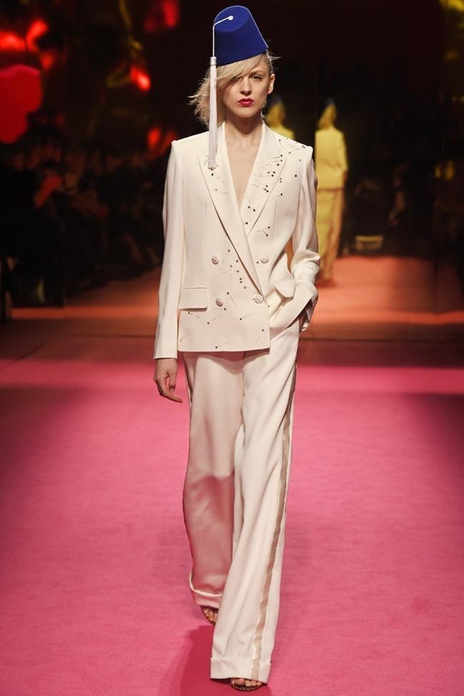PARIS HAUTE COUTURE Schiaparelli Couture Spring 2015. www.imageamplified.com, Image Amplified (1)