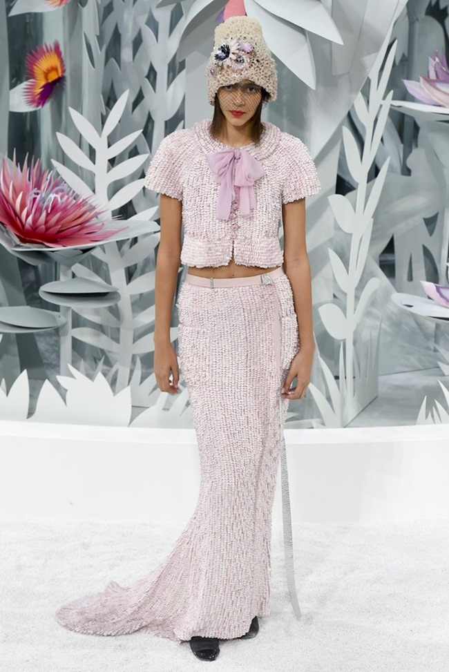 PARIS HAUTE COUTURE Chanel Couture Spring 2015. www.imageamplified.com, Image Amplified (56)