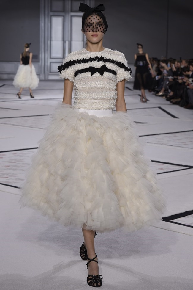 PARIS HAUTE COUTURE Giambattista Valli Couture Spring 2015. www.imageamplified.com, Image Amplified (9)
