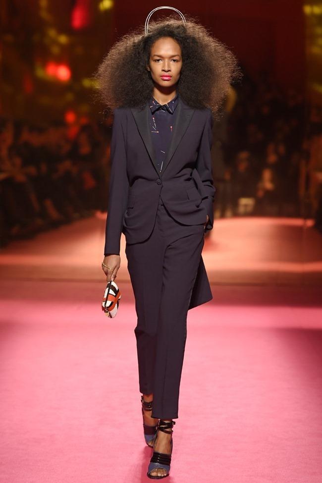 PARIS HAUTE COUTURE Schiaparelli Couture Spring 2015. www.imageamplified.com, Image Amplified (10)