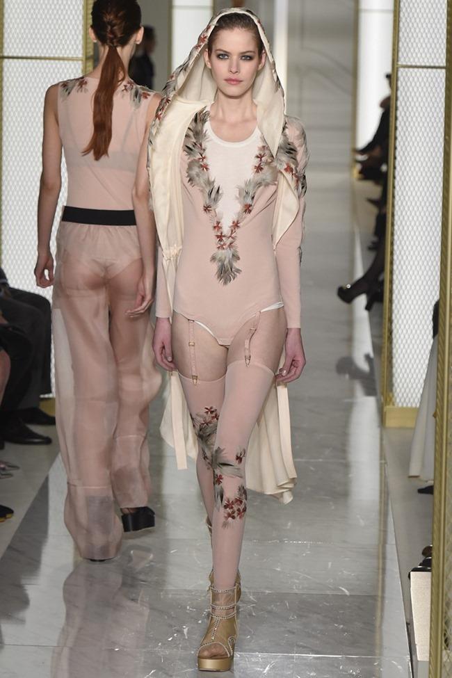 PARIS HAUTE COUTURE La Perla Atelier Couture Spring 2015. www.imageamplified.com, Image Amplified (21)