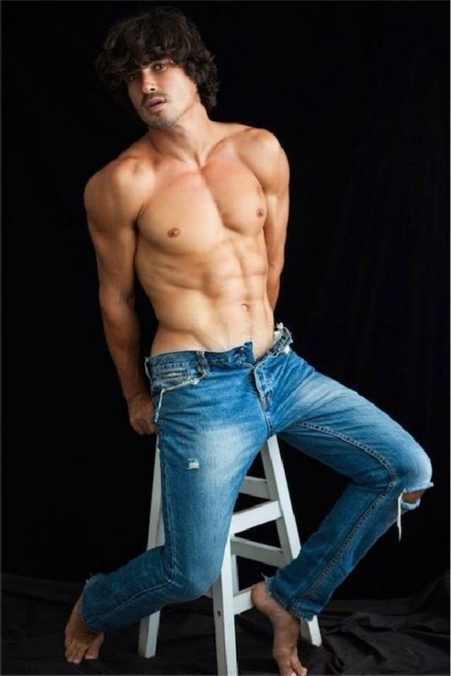 MASCULINE DOSAGE Felipe Izing by Didio. Spring 2015, www.imageamplified.com, Image Amplified (17)