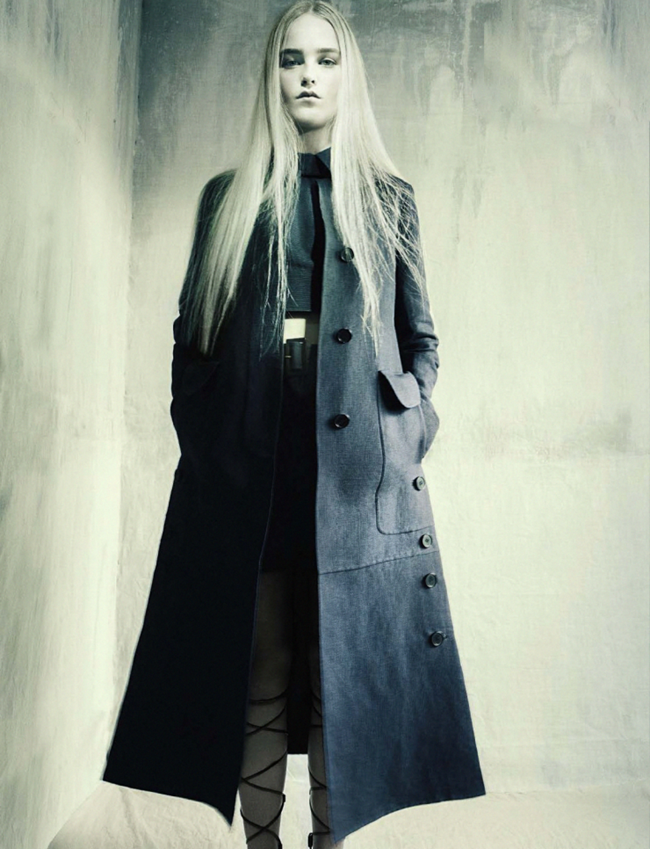 VOGUE ITALIA Jean Campbell by Paolo Roversi. Alastair McKimm, February 2015, www.imageamplified.com, Image Amplified (3)
