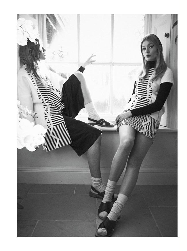 IO DONNA Alys Hale & Zanna van Vorstenbosch by Dima Hohlov. Kimi O'Neill, February 2015, www.imageamplified.com, Image Amplified (3)