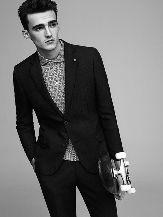 CAMPAIGN Elliot Vulliod & Jaco van den Hoven for Tween Spring 2015 by Umit Savaci, www.imageamplified.com, Image Amplified (9)
