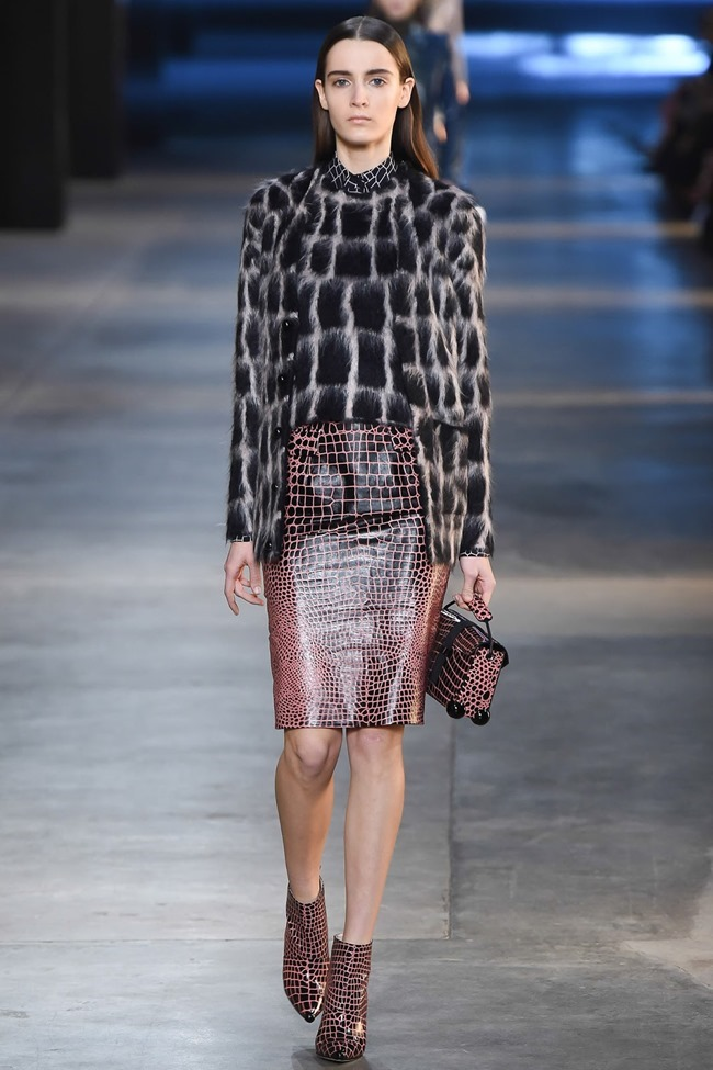 LONDON FASHION WEEK Christopher Kane Fall 2015. www.imageamplified.com, Image Amplified (12)