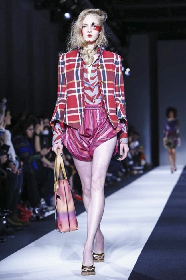 LONDON FASHION WEEK Vivienne Westwood Red Label Fall 2015. www.imageamplified.com, Image Amplified (20)