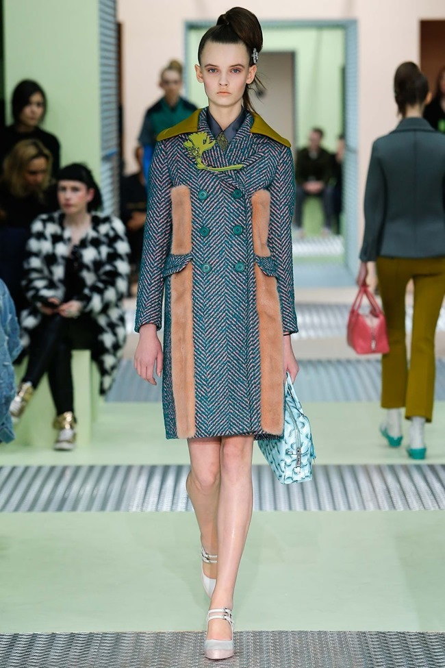 MILAN FASHION WEEK Prada Fall 2015. www.imageamplified.com, Image Amplified (6)