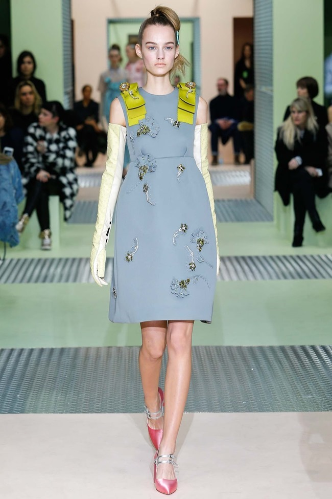 MILAN FASHION WEEK Prada Fall 2015. www.imageamplified.com, Image Amplified (36)